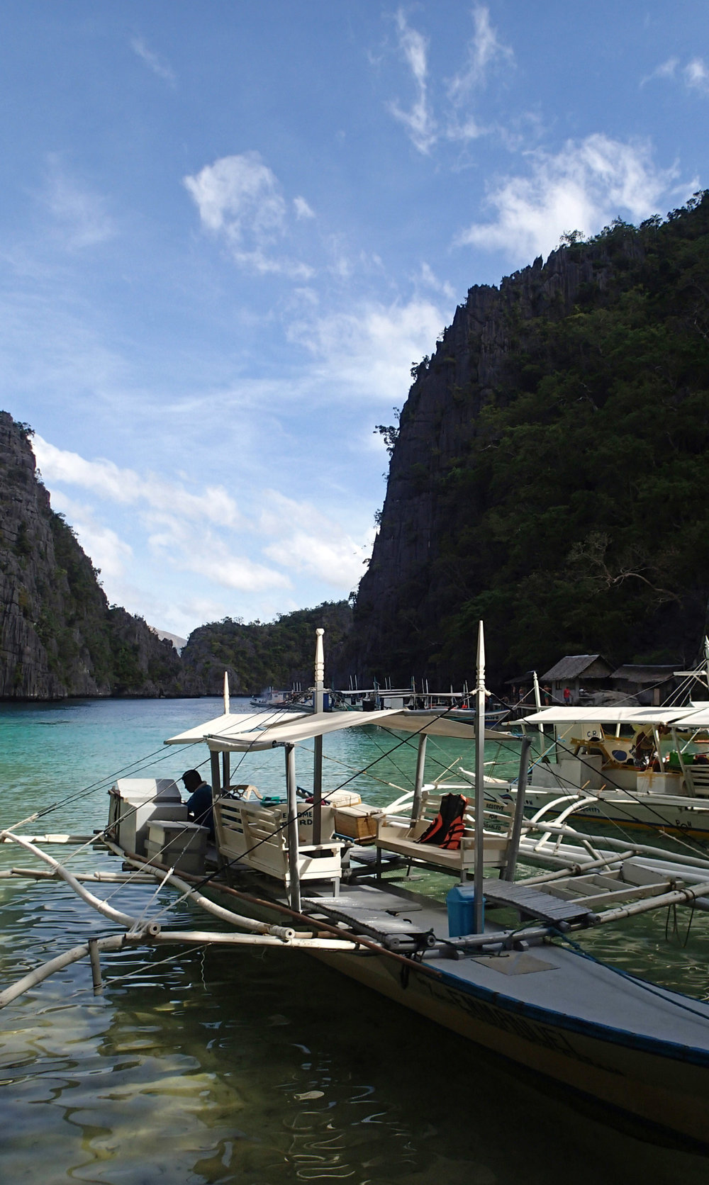 entrance to Kayangan Lake.jpg