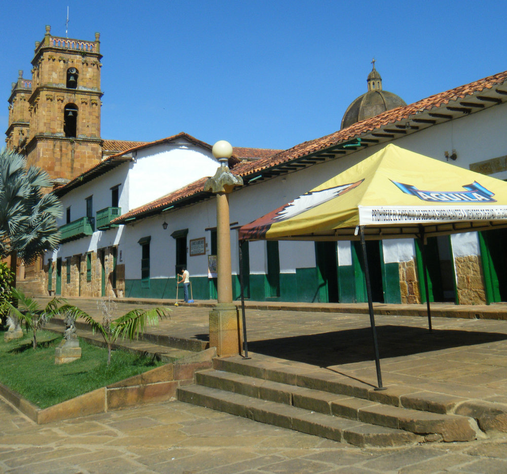 Barichara central plaza.jpg