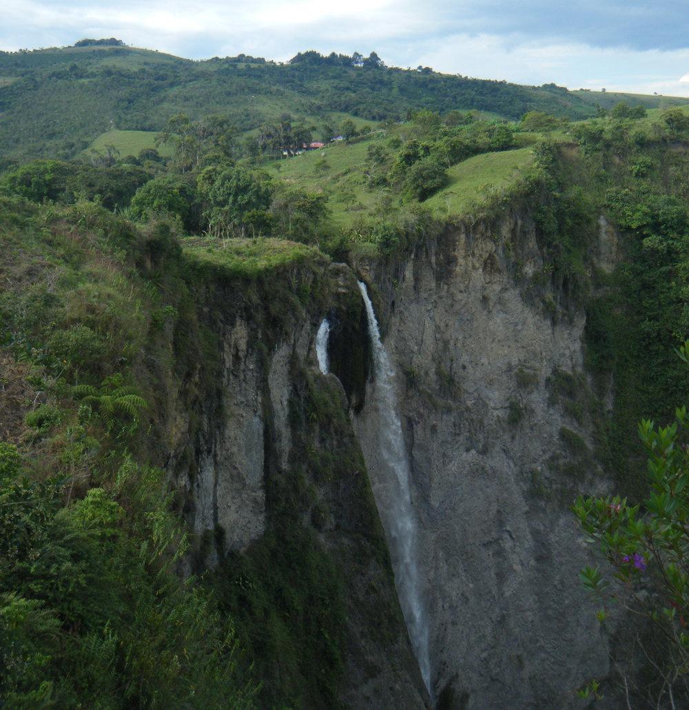 Cascada de Bordones.jpg