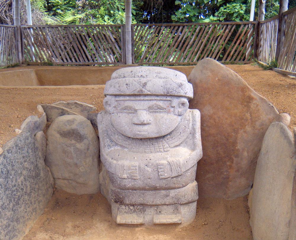 statue at Alto Las Piedras.jpg