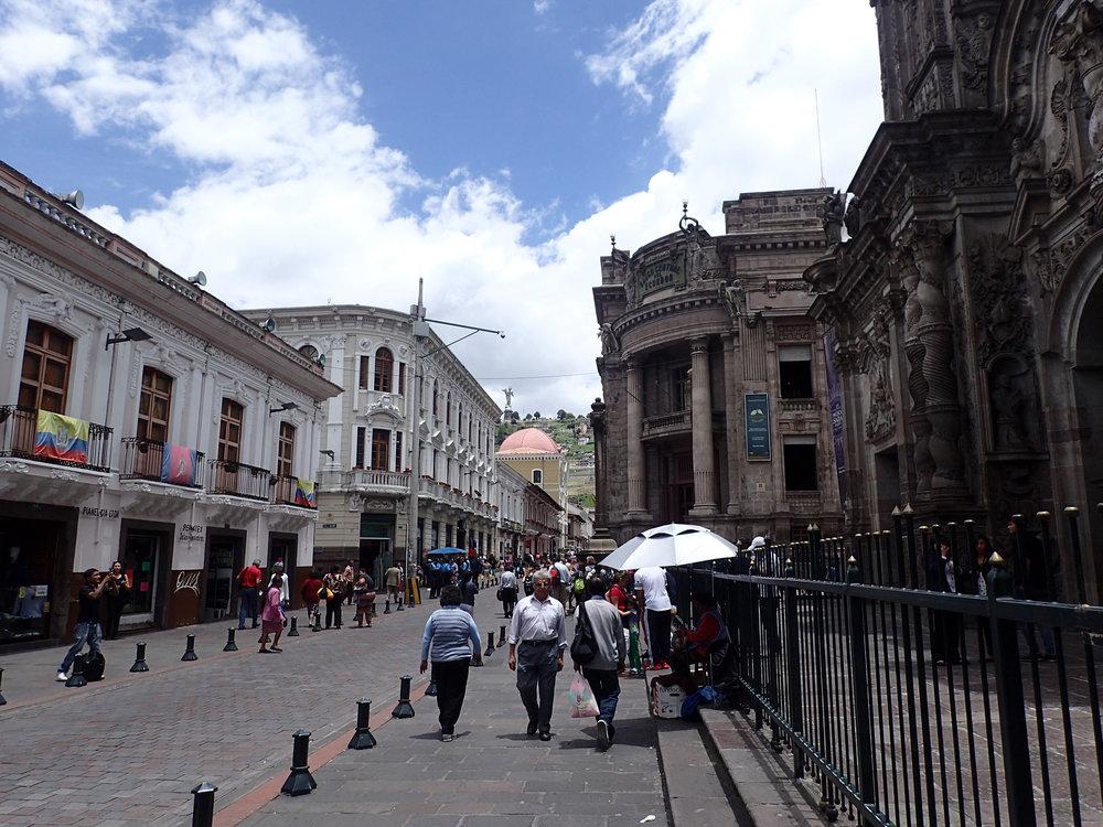 near Iglesia de la Compania de Jesus.jpg