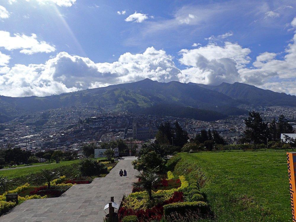 Quito from Itchimbia.jpg