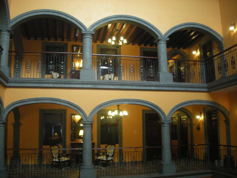 Hotel Morales.jpg