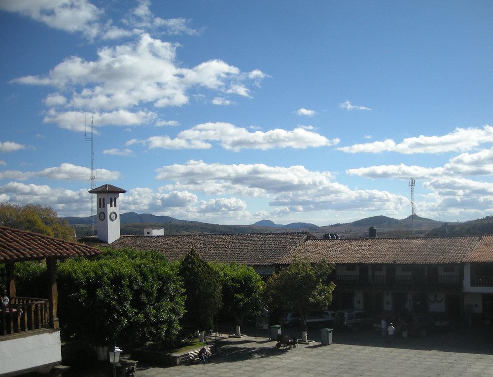 Tapalpa plaza.jpg