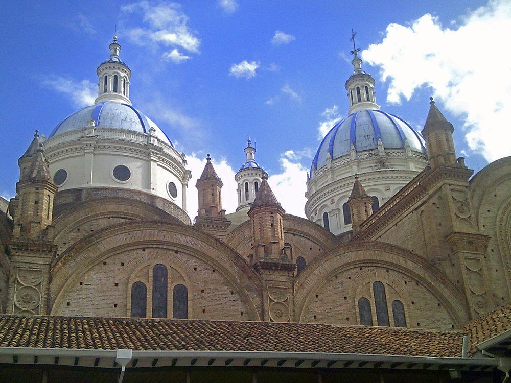 beautiful colonial churches.jpg