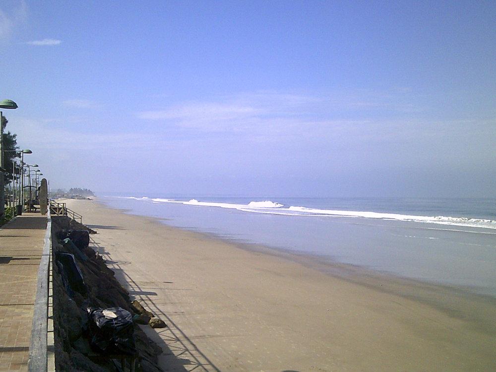 gorgeous Montanita beach.jpg