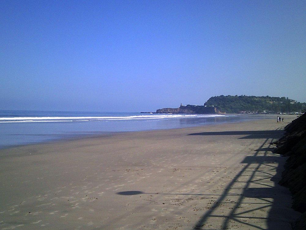 Montanita beach.jpg