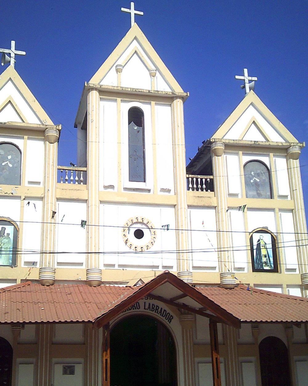 Montanita church.jpg