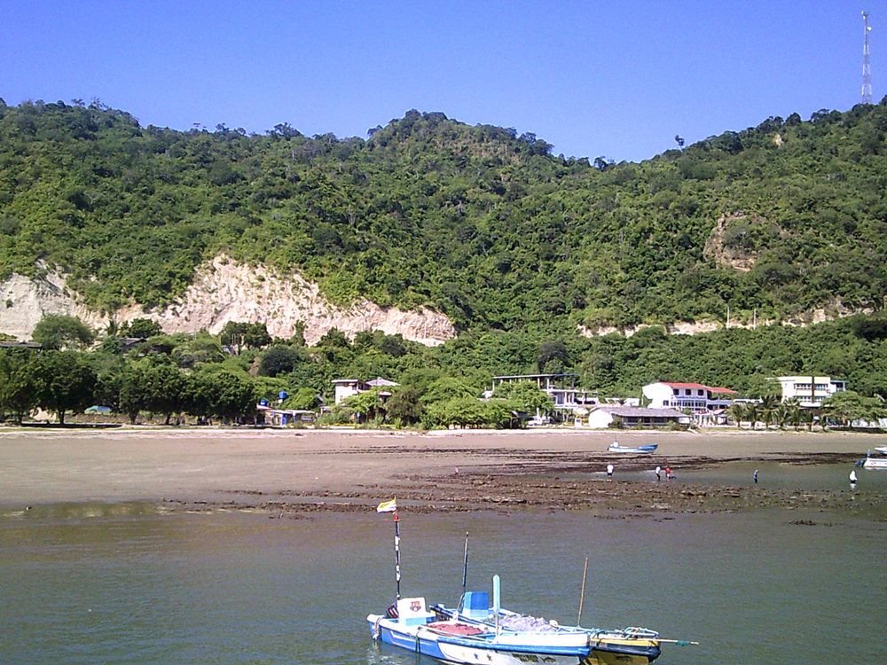 Puerto Lopez in the morning.jpg