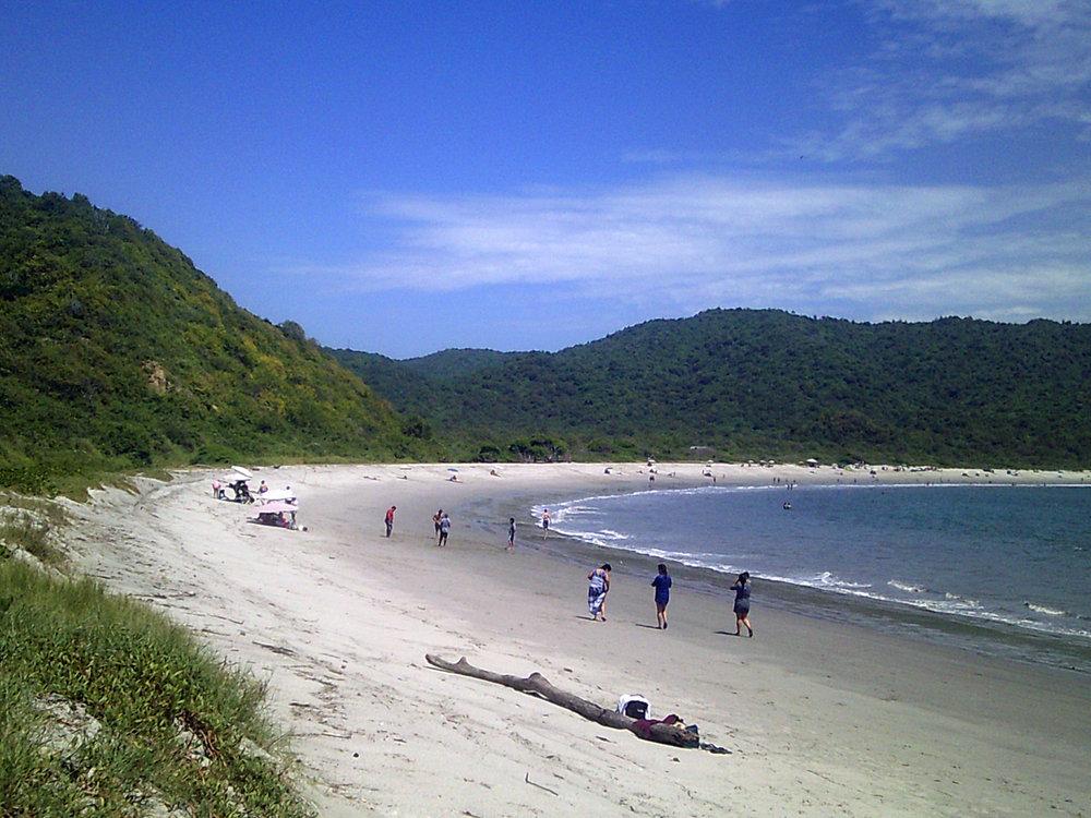 Playa Los Frailes.jpg