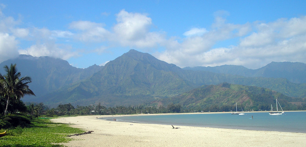 hanalei bay and mountains.jpg