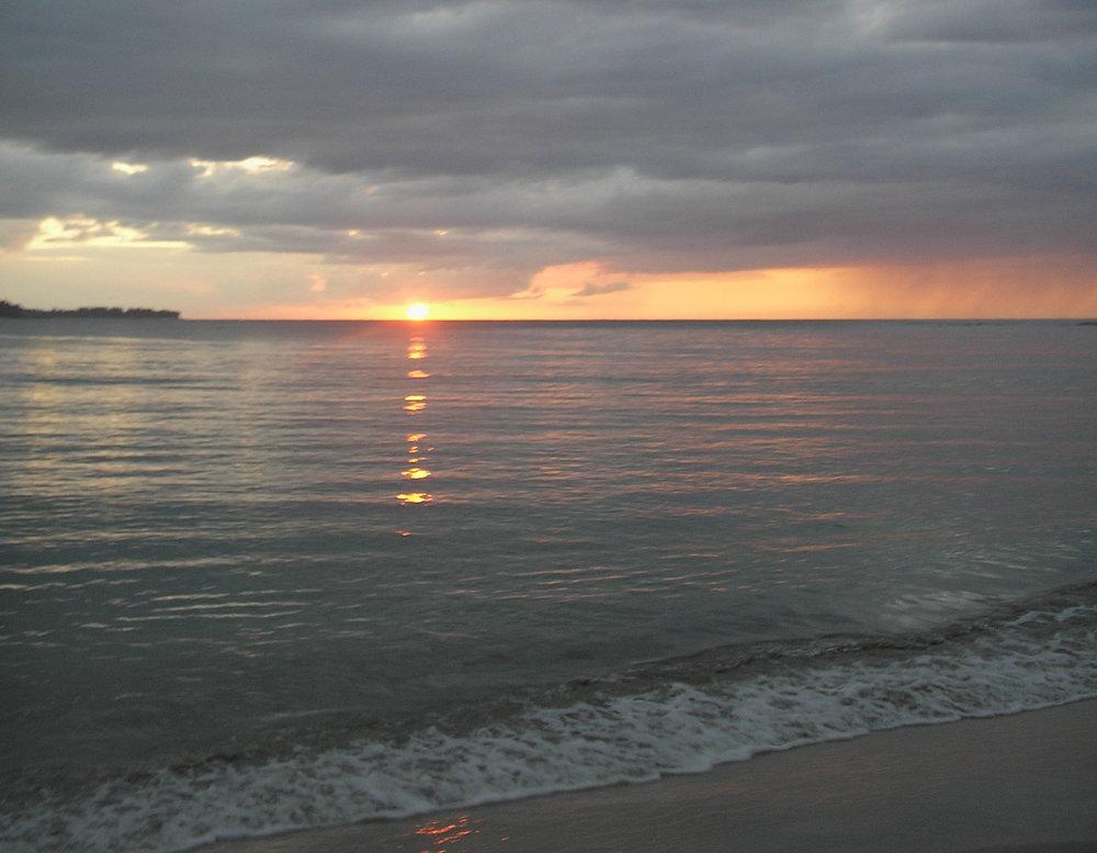 hanalei sunset 3.jpg