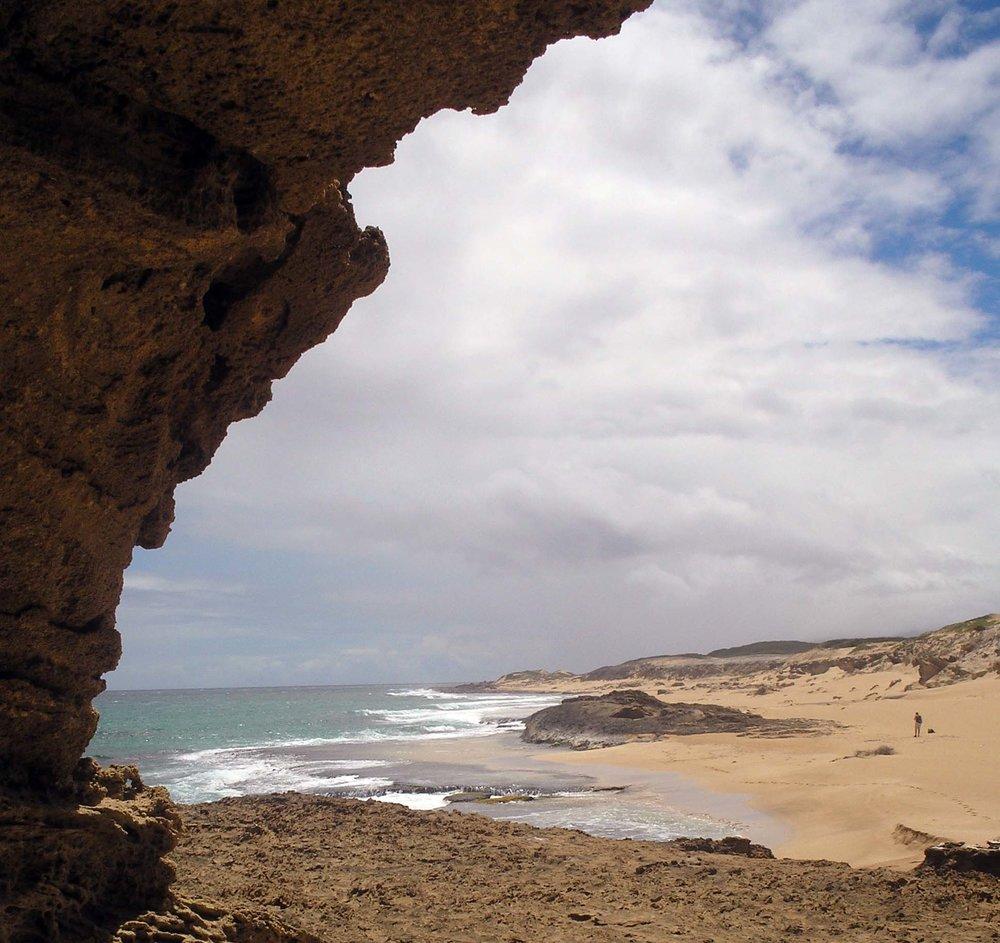 moomomi cave 2.jpg