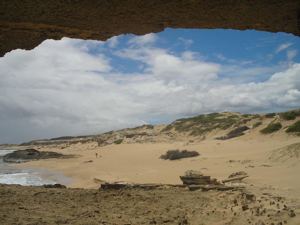 moomomi cave.jpg