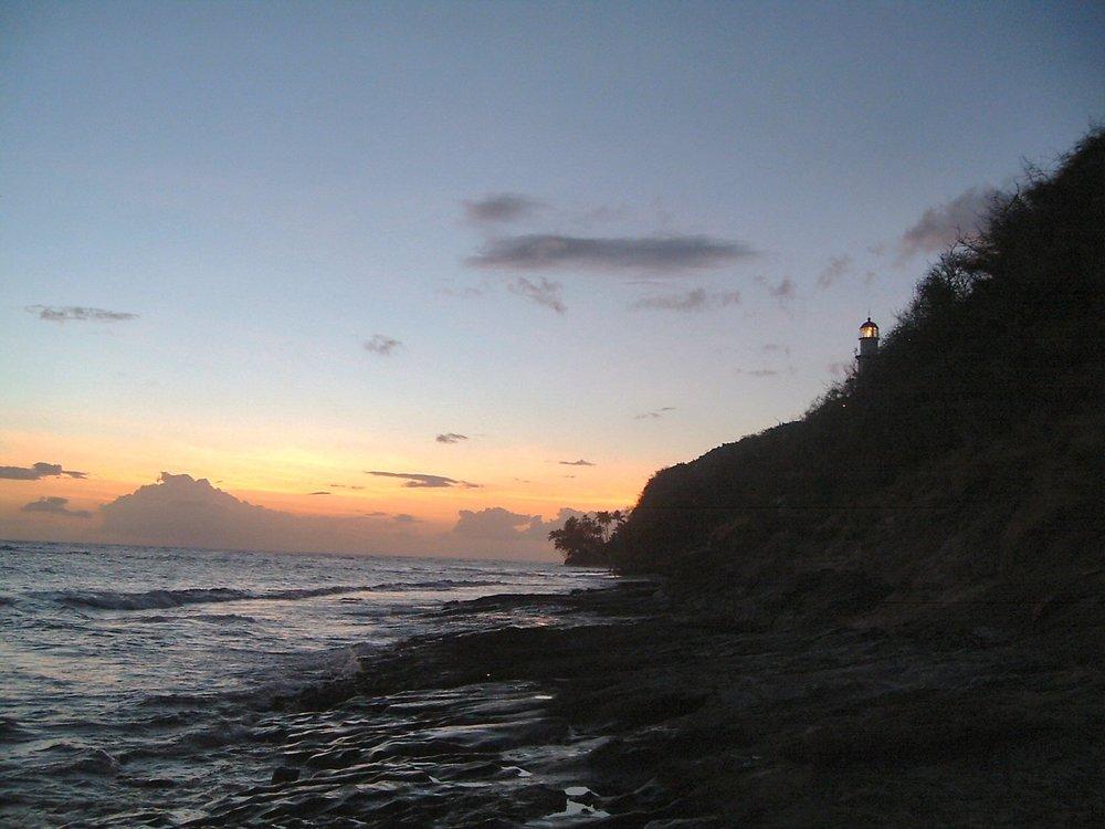 diamond head beach and lighthouse.jpg