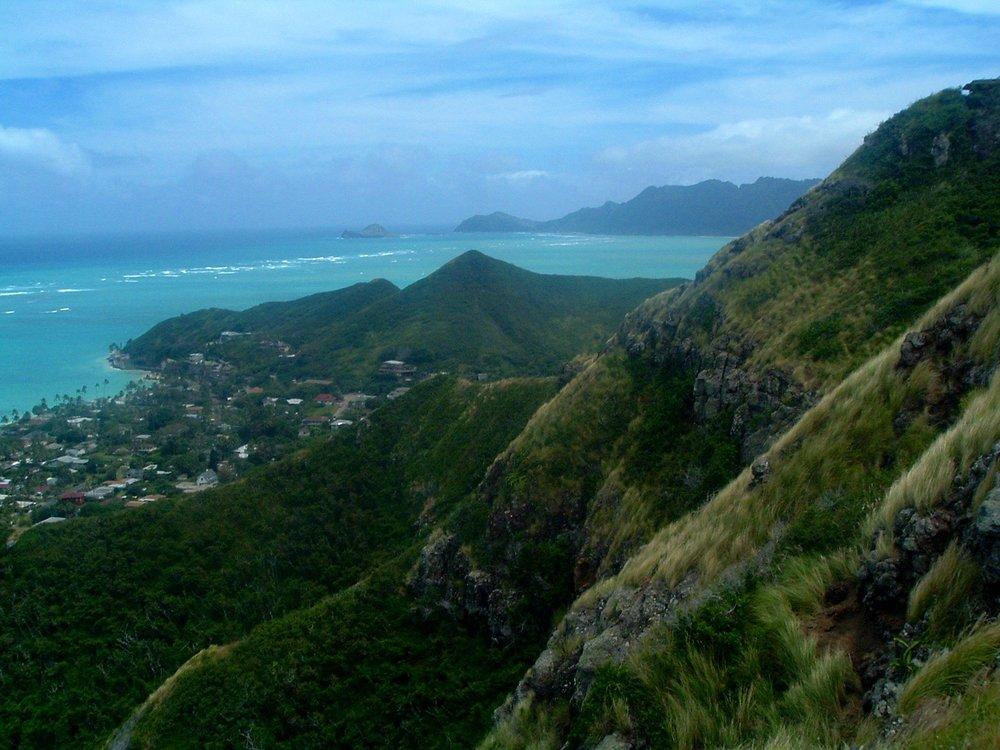 lanikai ridge trail.JPG