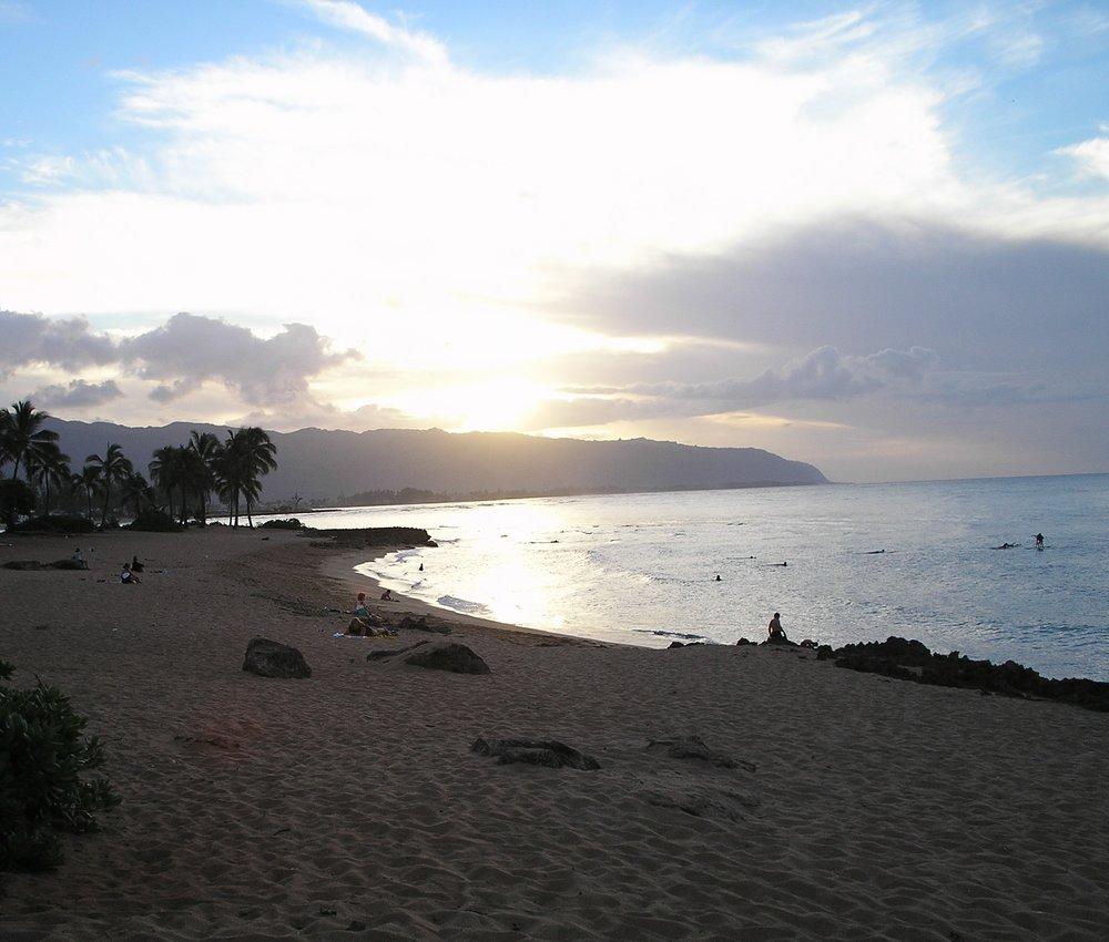 haleiwa alii beach park 11-2005.JPG