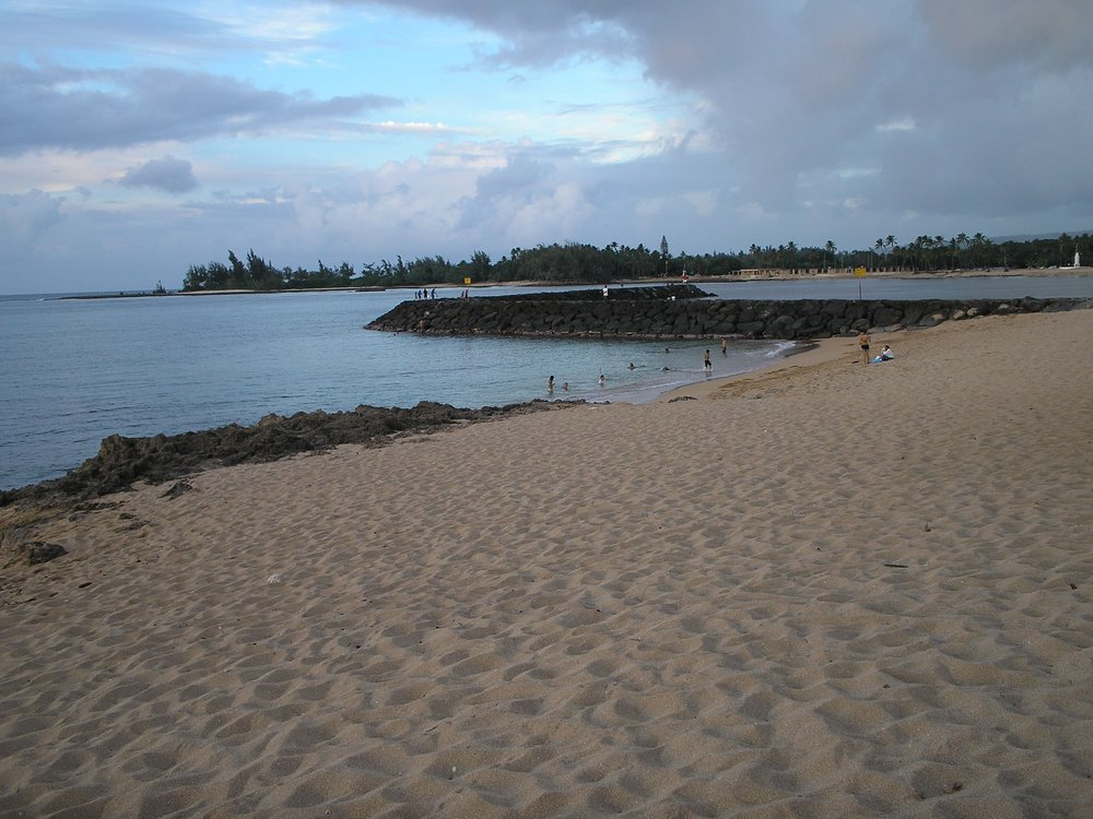 haleiwa beach park 3.JPG