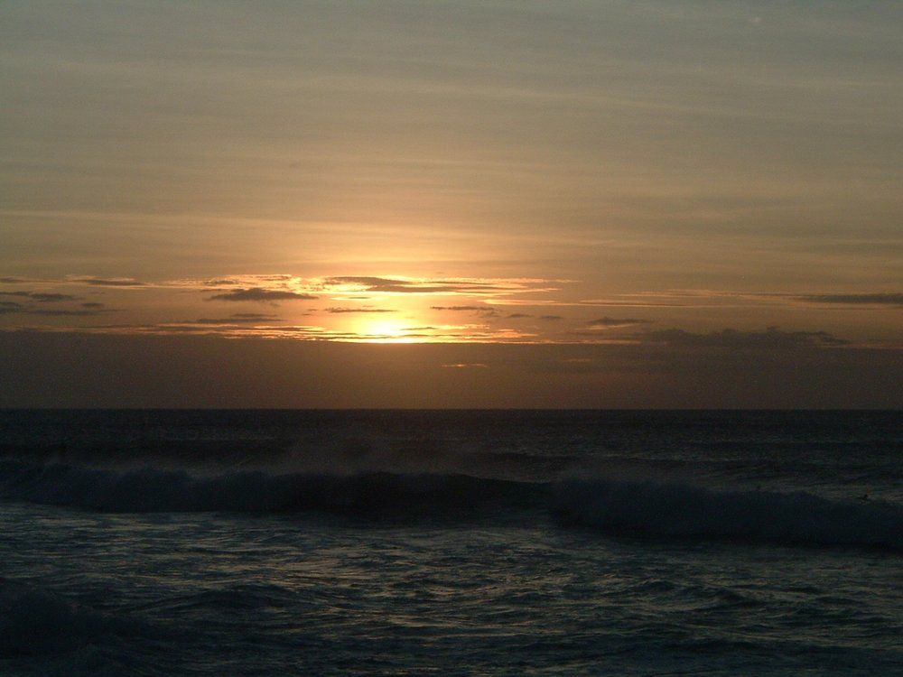 sunset at bonzai pipe.jpg