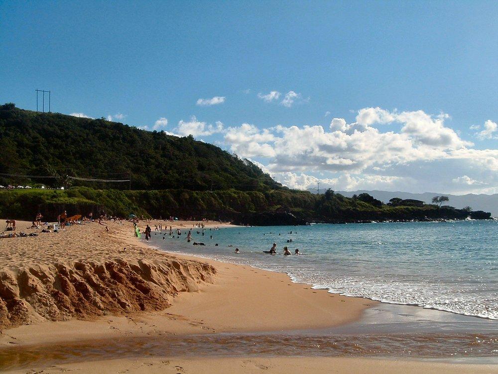 waimea bay beach park 2.jpg