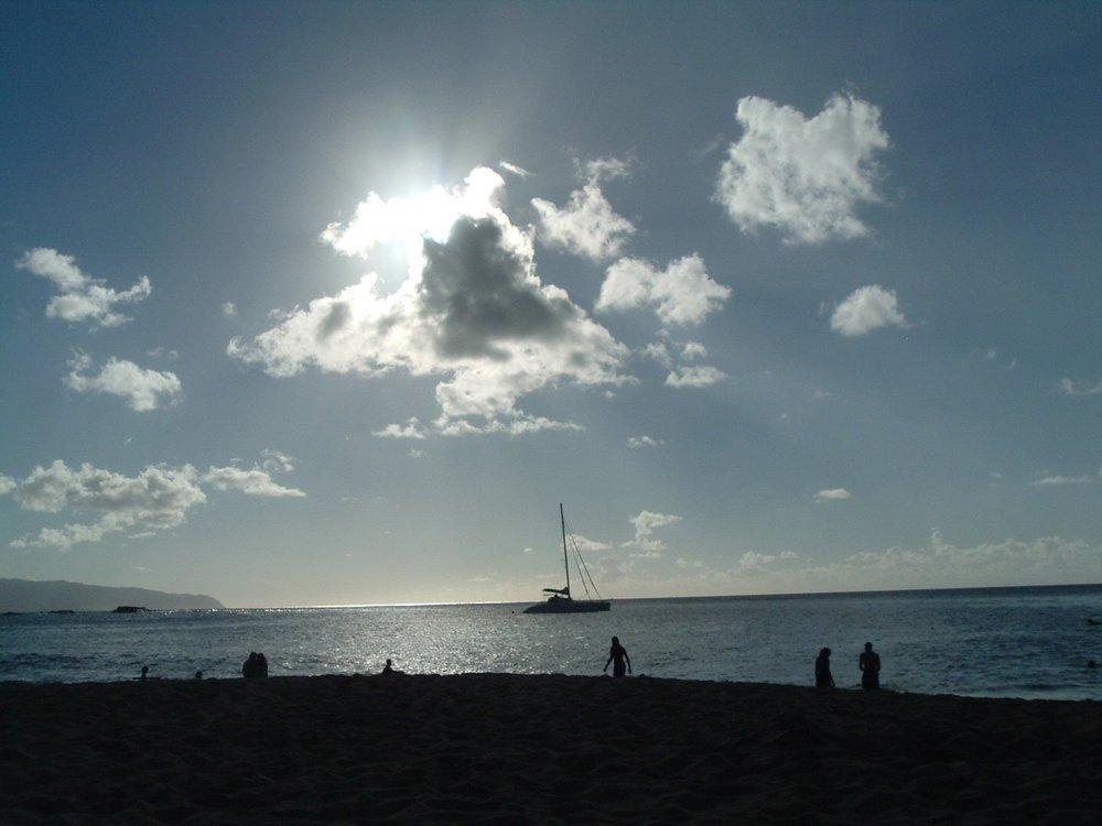 waimea bay beach park.jpg