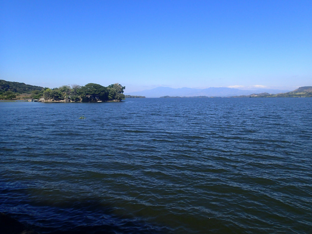 Lago de Suchitlan 12-16-14.jpg