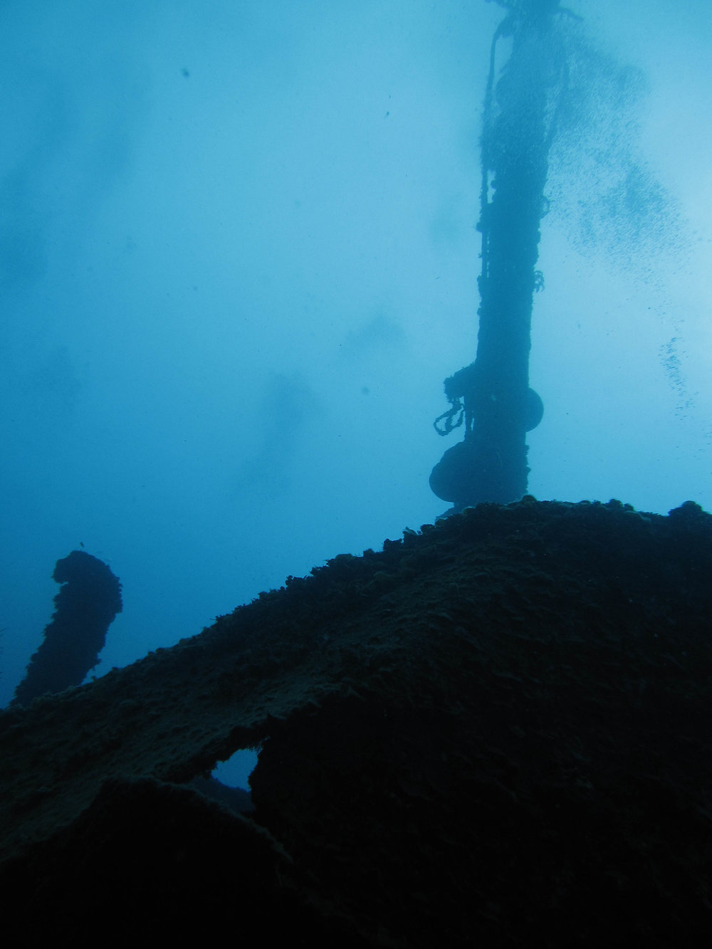 spooky Aguila wreck.jpg