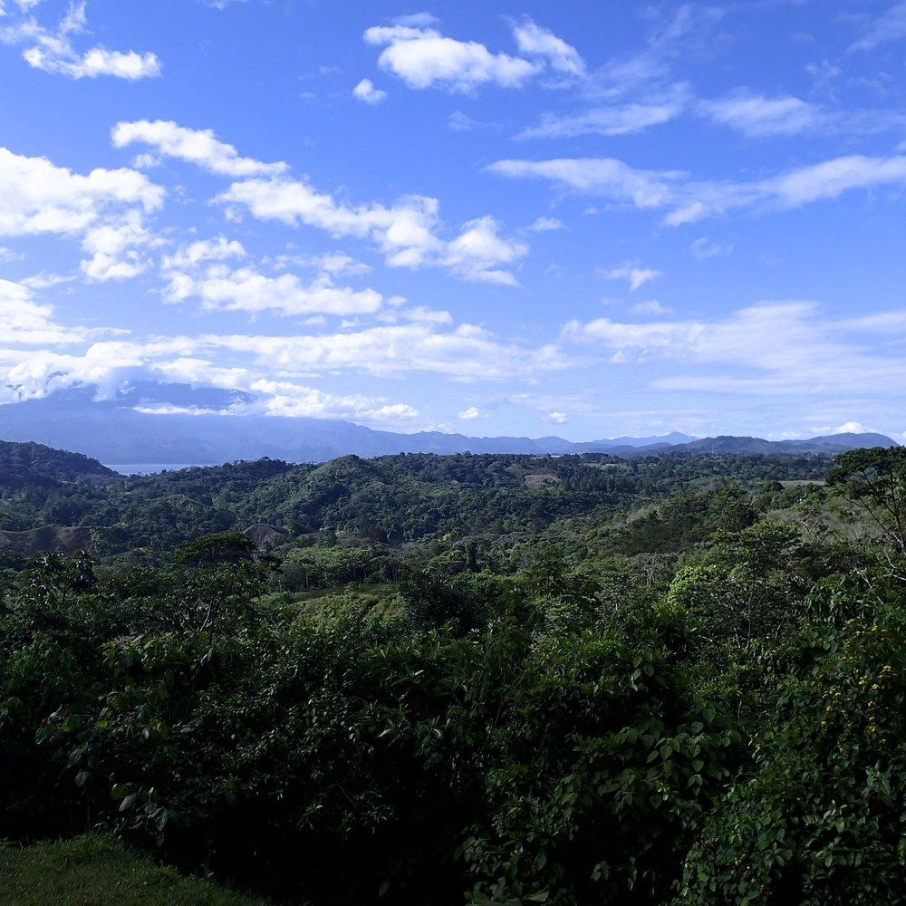 spectacular central Honduras 12-21-13.jpg