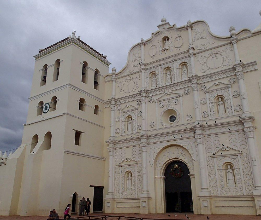 main cathedral of Comayagua.jpg