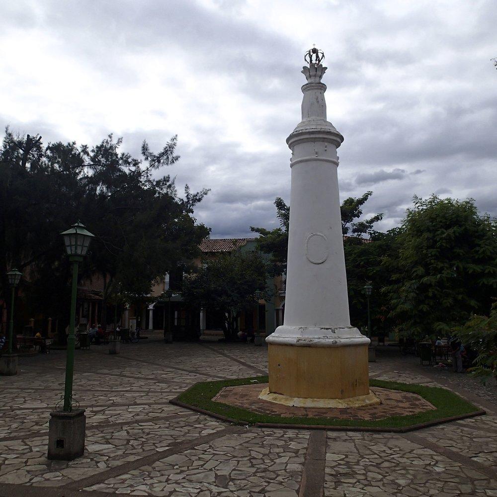Comayagua central park.jpg