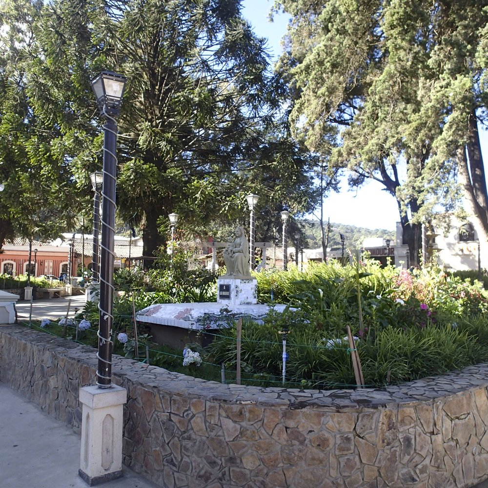 La Esperanza central park.jpg
