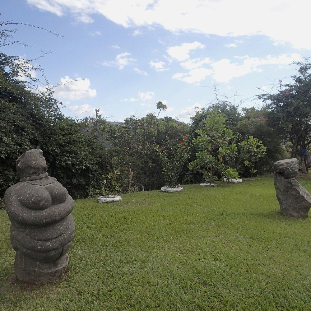 weird statues.jpg