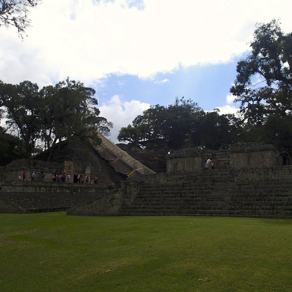 between pyramids.jpg