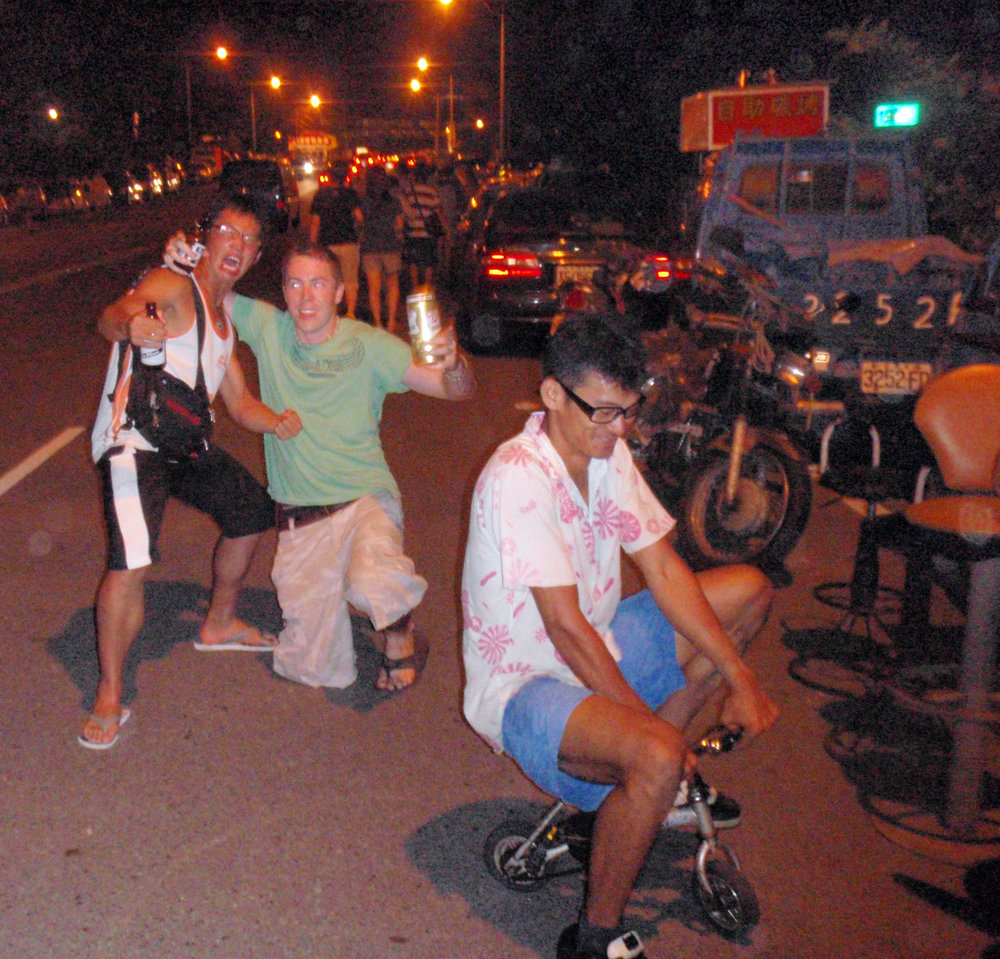 Polfat, Mark and dude on tricycle.jpg