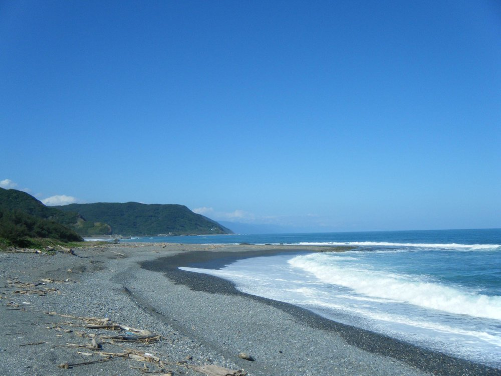 coastline north of Nanren.jpg