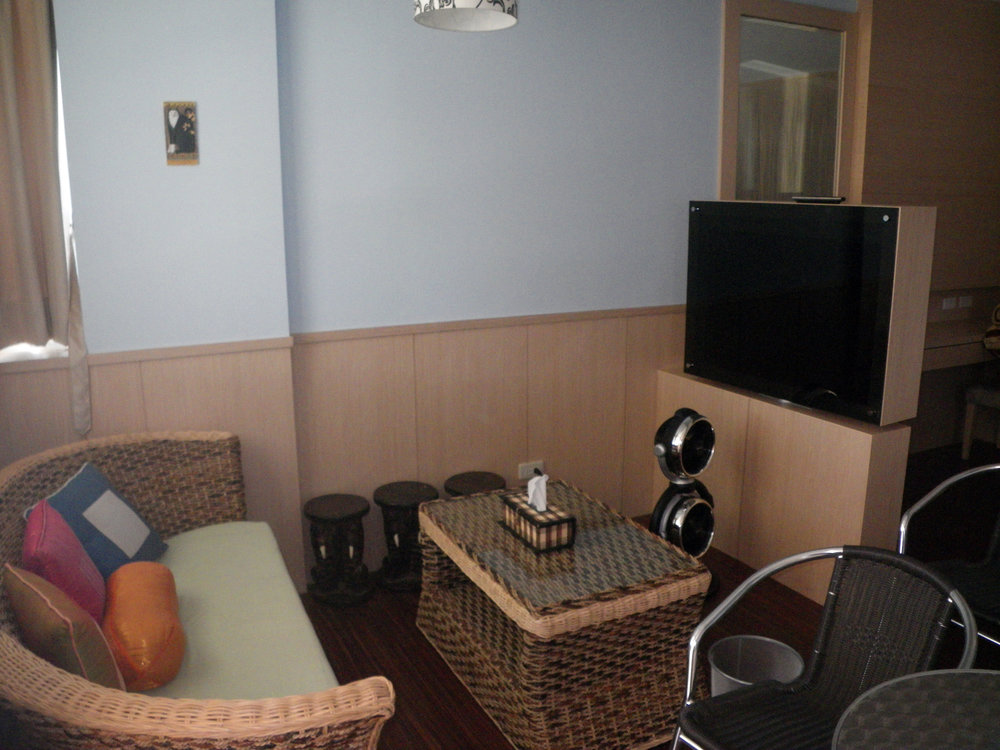 4 person room.jpg