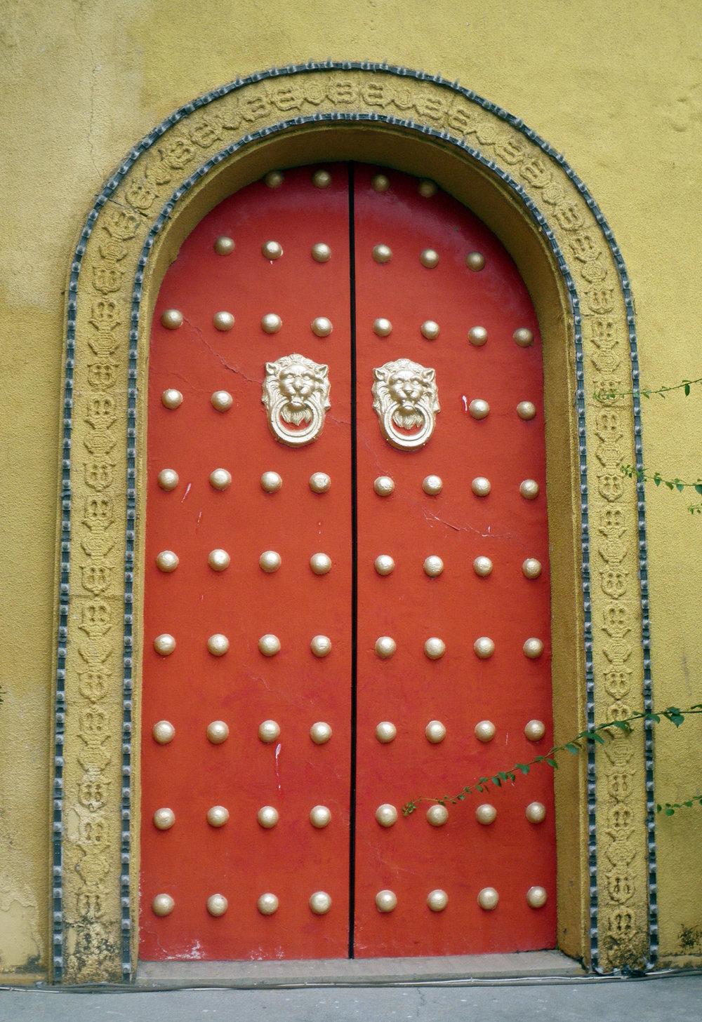 temple door.jpg