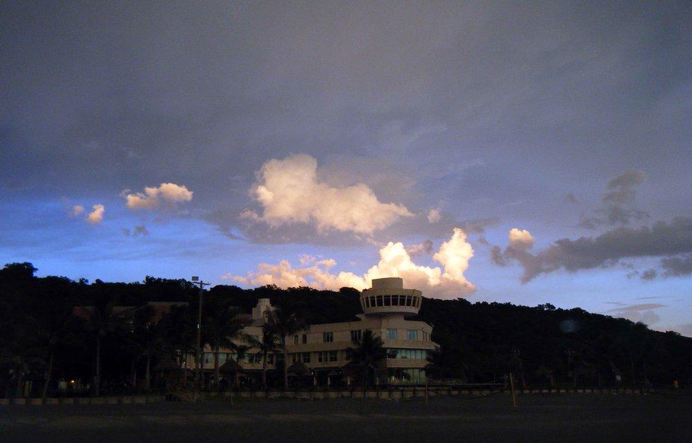 Sunset Beach Resort 7-15-10.jpg