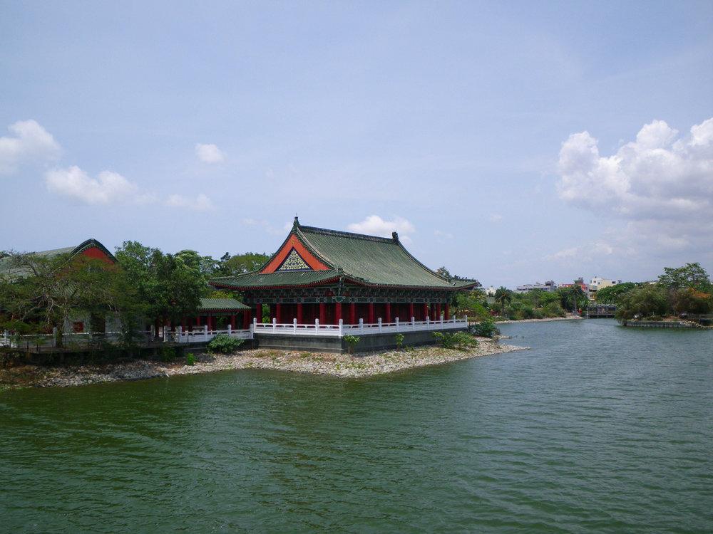 tranquil Lotus Lake Kaohsiung.jpg