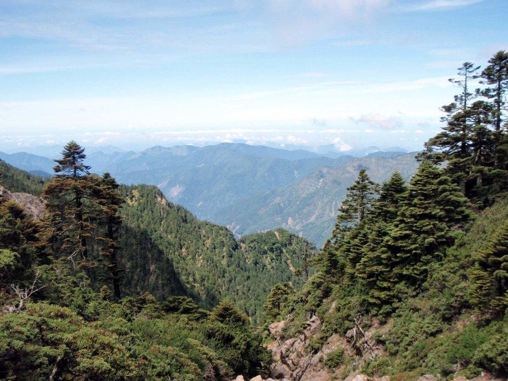 towards the main peak.jpg