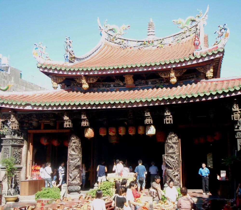 Longshan temple Lugang.jpg