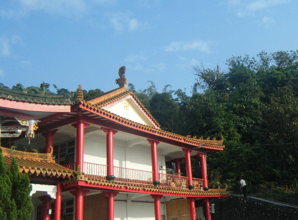 Biyun temple 12-5-10.jpg