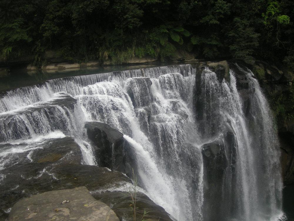Eyeglasses waterfall 2.jpg