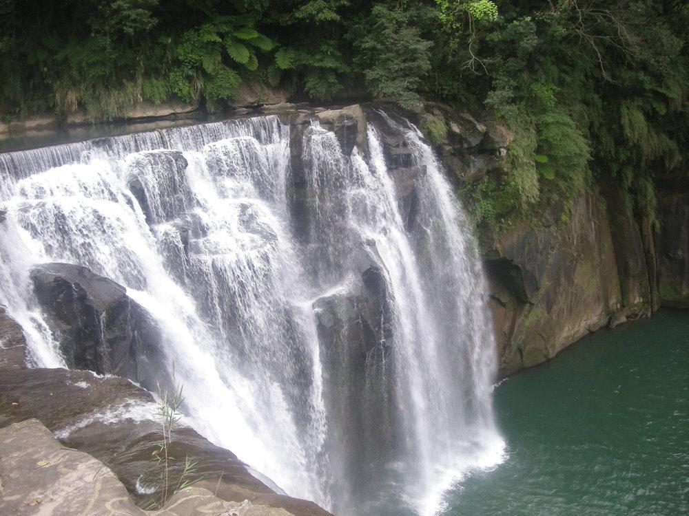 Eyeglasses waterfall 3.jpg