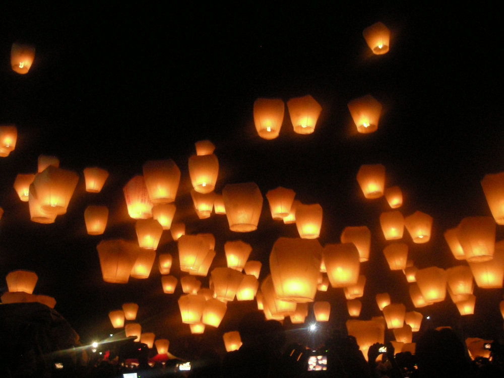 releasing the lanterns.jpg