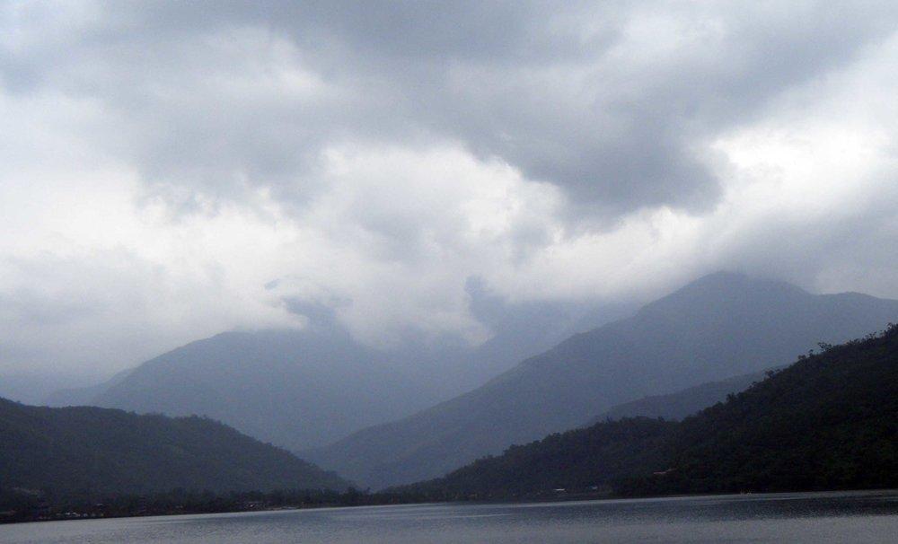 Liyu Lake 11-27-10.jpg