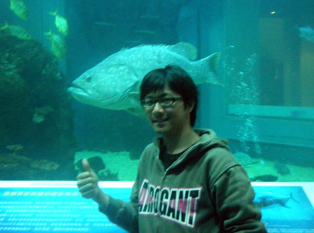 Hsiao Shin and giant grouper.jpg