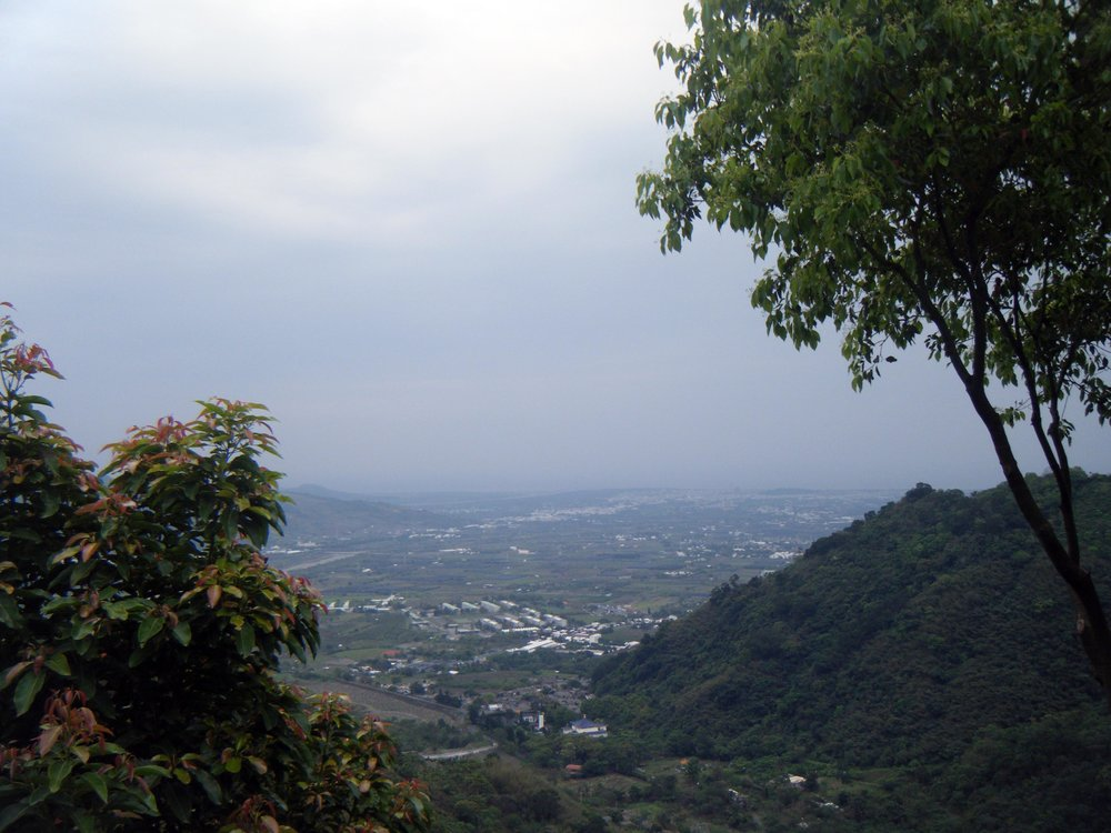 mountains overlooking Taitung.jpg