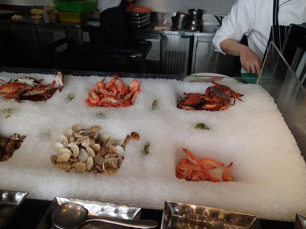 crustacean buffet.jpg