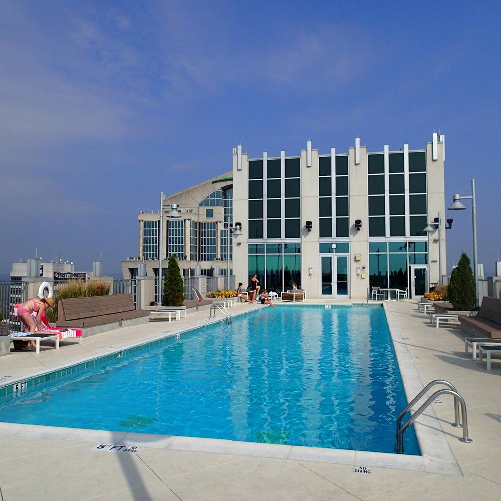 31st floor pool.jpg